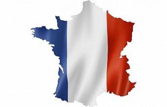 """Fransa'nın """"Cezayir'e özür olmayacak"""" açıklamasının ardından tepkiler büyüyor"""