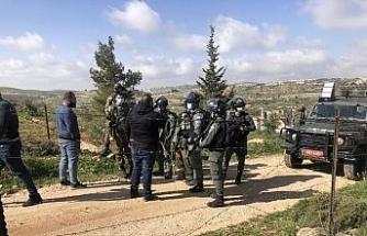 İsrail güçleri, bir Filistinli ailenin evini yıktı
