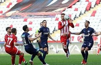 Süper Lig: FTA Antalyaspor: 1 - Kasımpaşa: 1 (Maç sonucu)