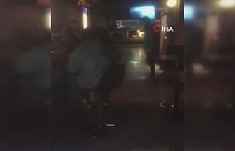 Beyoğlu'nda gece kulübü olarak kullanılan lokantaya baskın