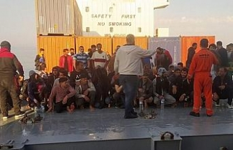 Kahraman Türk kaptan, 97 kaçak göçmeni ölümden kurtardı