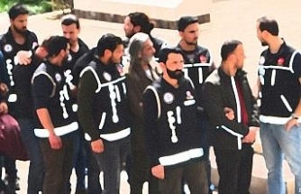 Trabzon'da FETÖ operasyonunda 12 kişi gözaltına alındı