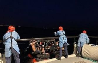 Aydın açıklarında 57 düzensiz göçmen kurtarıldı