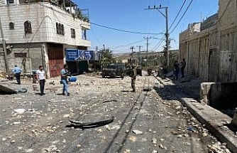 İsrail askerlerinden 12 yaşındaki Filistinli çocuğun cenaze töreni sonrası Filistinlilere müdahale: 12 yaralı
