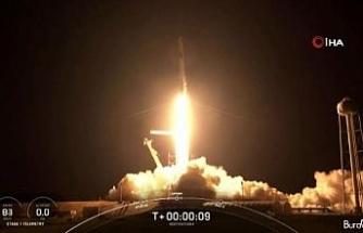 Spacex'in 3 günlük uzay yolculuğu bitti