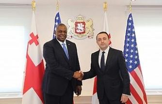 ABD Savunma Bakanı Austin, Gürcistan Başbakanı Garibaşvili ile bir araya geldi