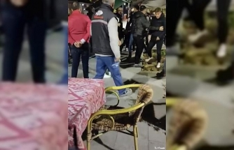 Bursa'da Beşiktaş-Galatasaray maçını izleyen taraftarlar arasında kavga