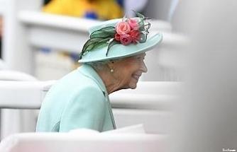 Kraliçe II. Elizabeth doktor tavsiyesi üzerine Kuzey İrlanda gezisini iptal etti