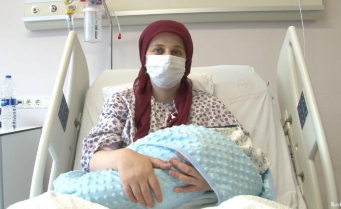 """Hamileyken Covid-19'a yakalanan Sencer: """"Olmadım aşı ama pişman oldum, daha kolay atlatabilirdim"""""""