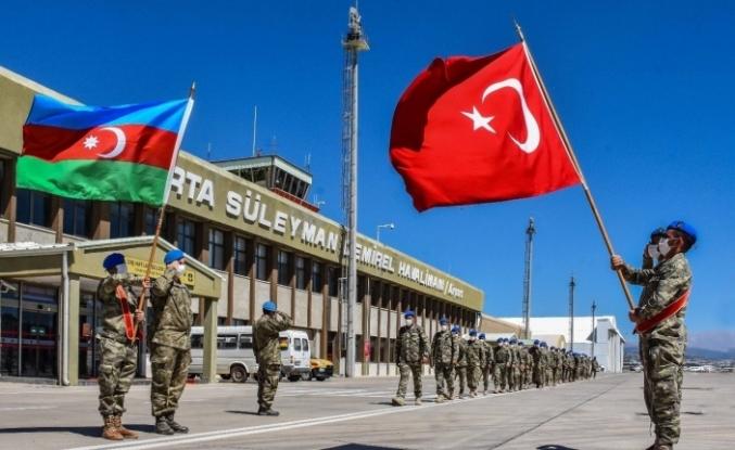 """MSB: """"Azerbaycan ve Somalili misafir askerler komando eğitimlerini başarıyla tamamladı"""""""