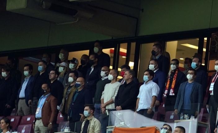 Stefan Kuntz, Galatasaray - Göztepe maçını izledi