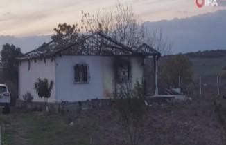 2 çocuk öldü, baba ve anne çocuklarını kurtarmaya çalışırken ağır yaralandı