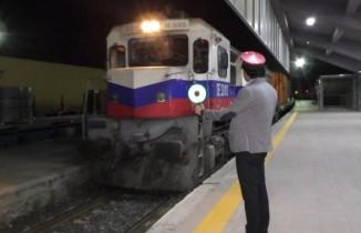 Çin'e gidecek ihracat trenleri Kars'ta