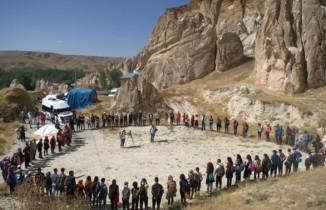 Doğasever 125 dağcı Vanadokya'yı gezdi