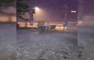 Dubai'de dolu yağdı