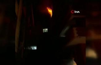 Eyüpsultan'da patlayan televizyon evi yaktı