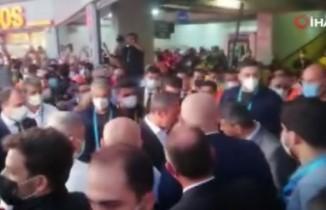 Fenerbahçe taraftarından tepki: 'Ali Koç buraya!'