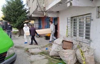 Gece öldürülen şahıs sokağa çıkma kısıtlaması bitince bulundu