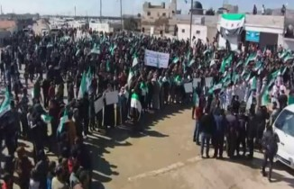 Güvenli bölgede Türk askerine destek gösterisi