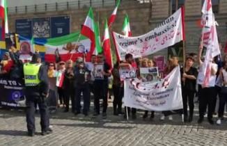 İsveç'teki İranlılardan rejim karşıtı protesto