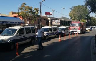 Marmaray'da bir kişi raylara atladı