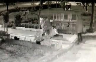 Pendik'te çekçekçilerin soba hırsızlığı kamerada