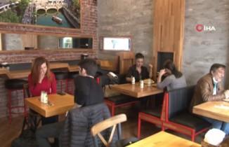 Restoran ve kafeler servisi müşteri geldikçe açacak