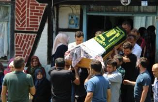 Selde hayatını kaybeden kadın defnedildi