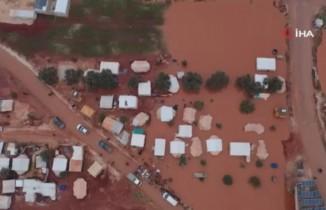 Suriye'nin kuzeyinde fırtına ve şiddetli yağış mülteci kamplarını vurdu