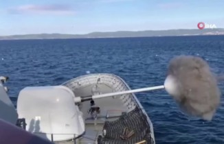 Türk Deniz Kuvvetleri'nden Saros Körfezi'nde atış eğitimi