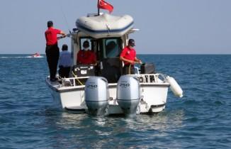 Van Gölü'ndeki batık göçmen teknesi ROW cihazıyla aranıyor