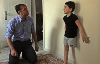 """Yürek burkan soru:""""Baba bacağım yok. Koşabilecek miyim?"""""""