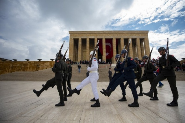 19 Mayıs Atatürk'ü Anma, Gençlik ve Spor Bayramı vesilesiyle Ankara'da büyük bir tören düzenlendi.