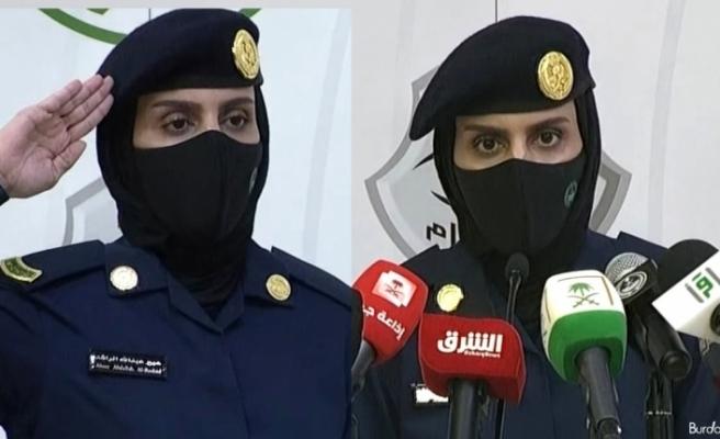 Suudi Arabistan'da ilk kez kadın bir asker hac hakkında basın toplantısı düzenledi