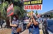 İmar planları iptal edilen mahalleliden siyah çelenkli eylem
