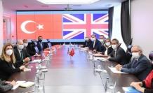 Bakan Özer, İngiltere Büyükelçisi Chilcott'u kabul etti