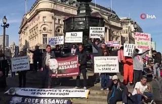 İngiltere'de WikiLeaks'in kurucusu Assange için...