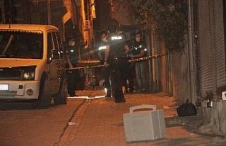 Şanlıurfa'da sivil araçtaki polislere silahlı...