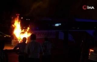 Diyarbakır'da faciadan dönüldü: Yolcu otobüsü...