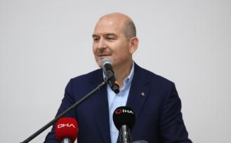 """""""Tayyip Erdoğan dışarıya koza ördü, içeride de onlarla mücadele ediyor ve onlara fırsat sunmuyor"""""""