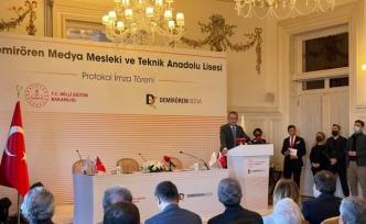 Milli Eğitim Bakanlığı ve Demirören Medya işbirliği için imzalar atıldı: Medya Lisesi açılıyor
