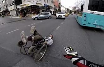 İstanbul'un göbeğinde insanlık ölmüş dedirten olay kamerada