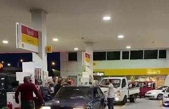 Sancaktepe'de benzin istasyonunda çıkan kavgada yumruklar havada uçuştu