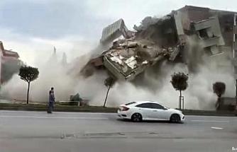 Şehir merkezindeki bina büyük gürültüyle işte böyle yıkıldı