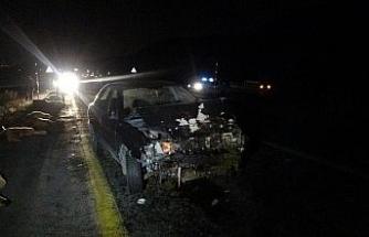 Kayseri'de sürüye dalan otomobilin sürücüsü yaralandı, 13 koyun telef oldu