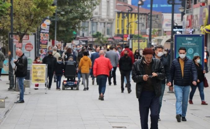 Günlük aşılamanın azaldığı Karabük'te haftalık vaka sayısı 991'e ulaştı