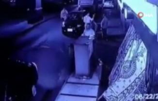 Mısır'da otomobil köprüden düştü: 1 ölü, 2 yaralı